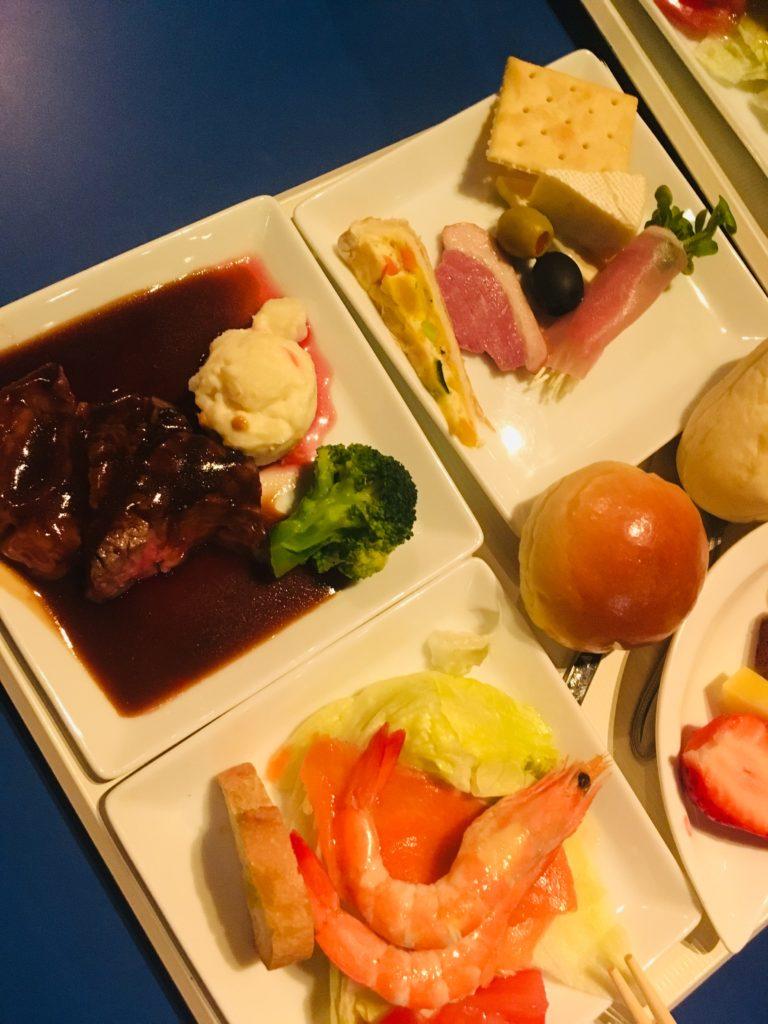 名古屋ブルーノートのディナープレート3,000円