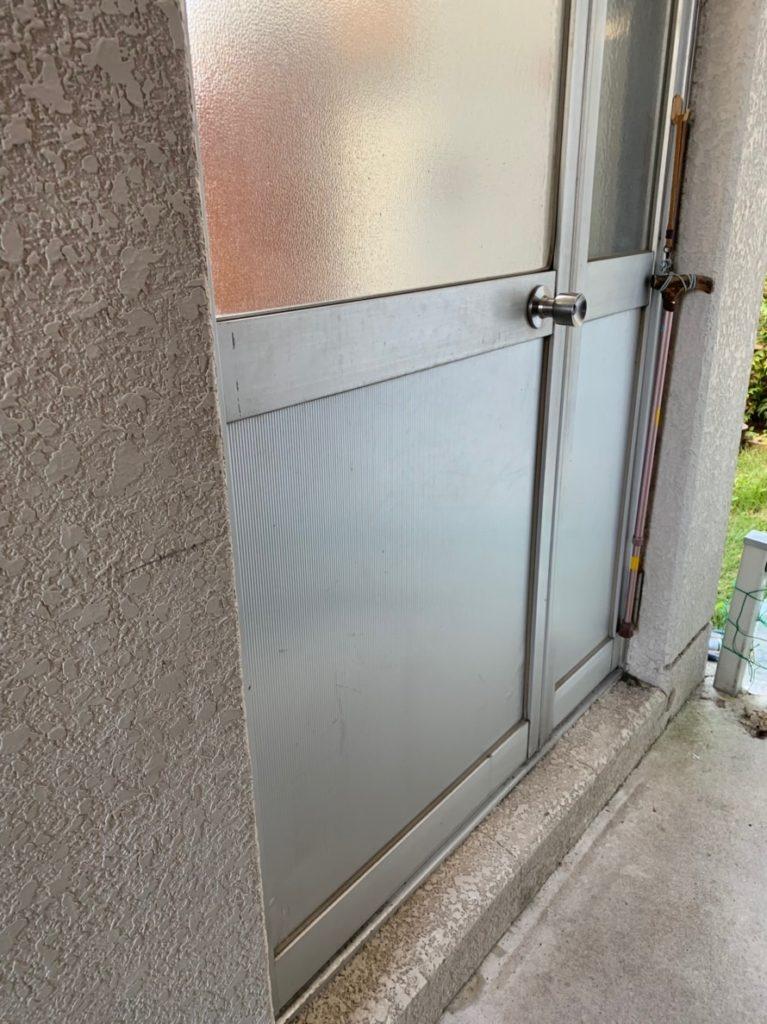 左勝手の親子ドア Before