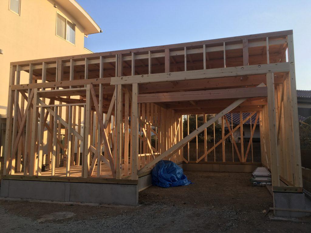 倉庫新築工事も無事上棟しました!