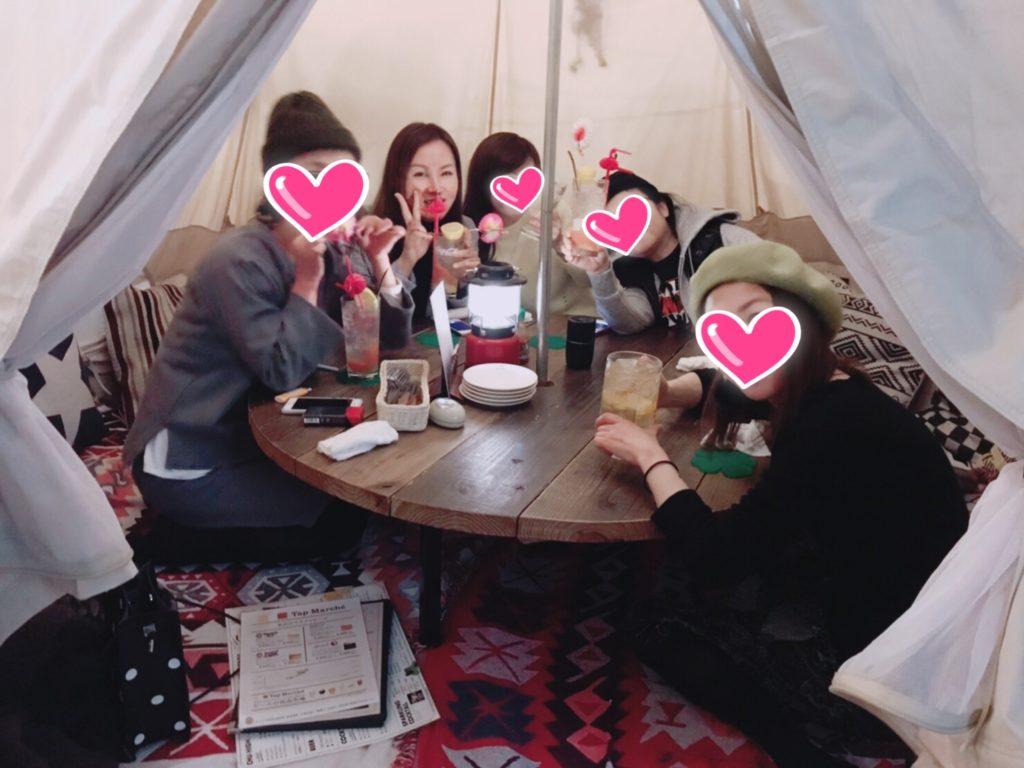 店内にテントがありそのテント内での撮影です!